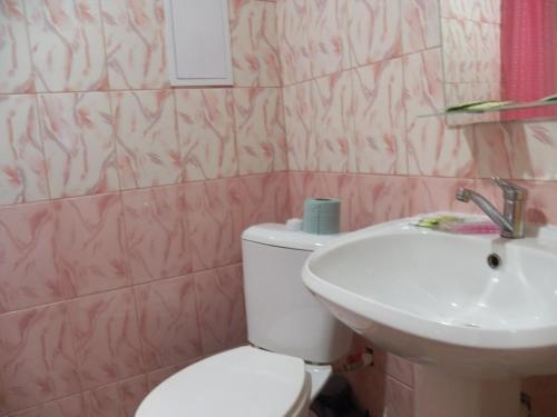 "A bathroom at гостевой дом ""У Саныча"""