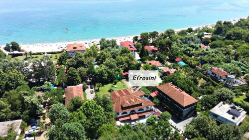 Vista aerea di Efrosini Hotel Apartments & Studios