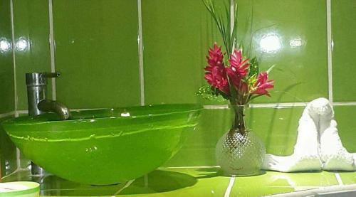 A bathroom at Hostal Cecilia