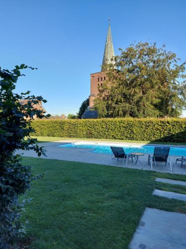 The swimming pool at or close to B&B La Vita Verde