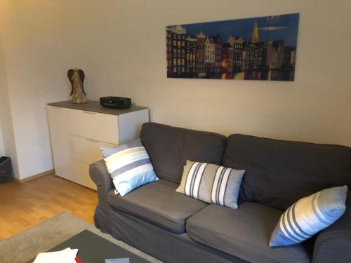 A seating area at Messe Appartements Essen