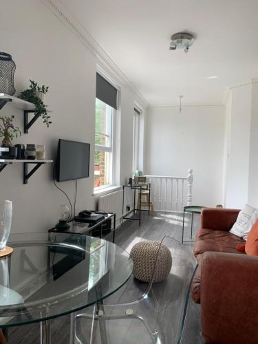 1 Bedroom flat close to Portobello rd