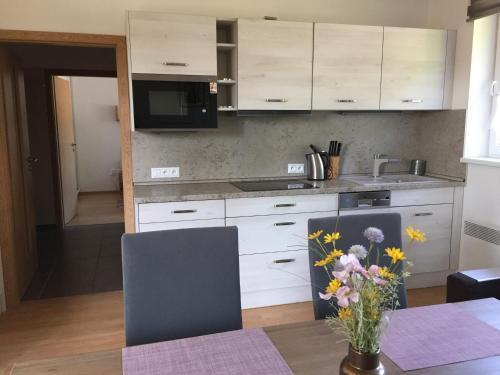 Kuchyň nebo kuchyňský kout v ubytování Apartman U sjezdovky