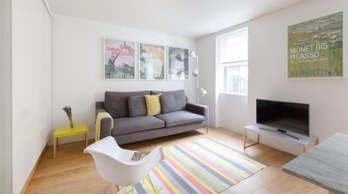 1 Bedroom Fitzrovia Apartment 10-minute walk from Oxford Street & Soho