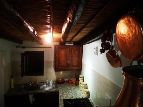 A kitchen or kitchenette at Antigone's House