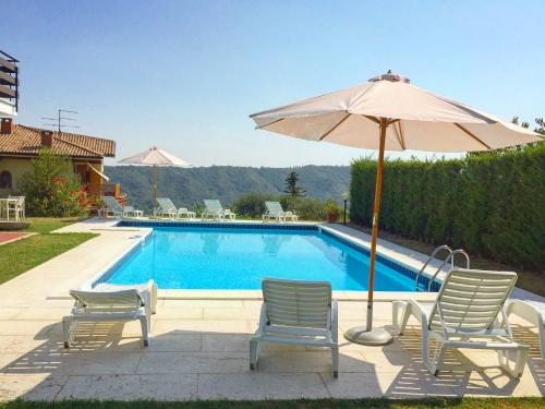 The swimming pool at or close to Villa Belvedere Liberty