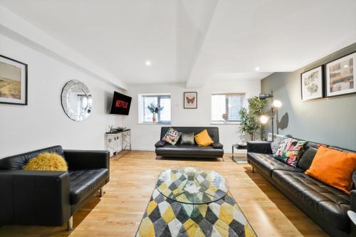 The Elegant Central Bristol Abode