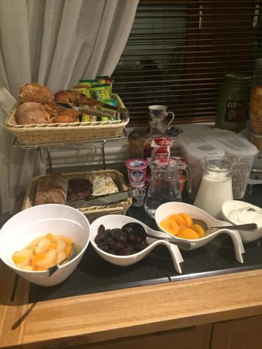 Breakfast options available to guests at Avlon House Bed and Breakfast
