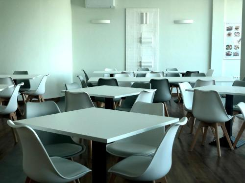 A restaurant or other place to eat at Hotel Medno