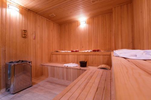 سبا و/أو مركز عافية في Sera Lake Resort Hotel Spa & Aparts