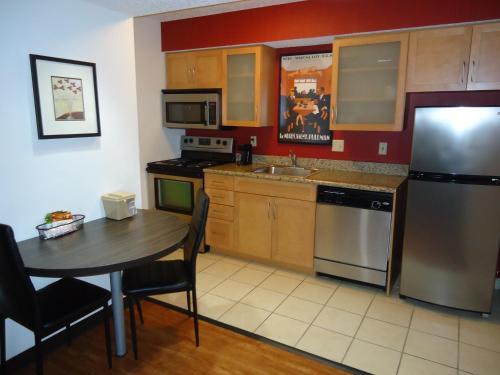 A kitchen or kitchenette at Studio 6-Lubbock, TX