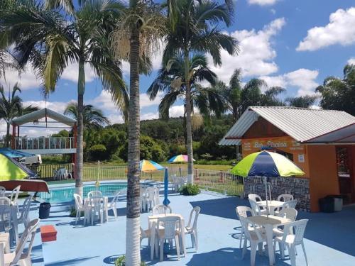 Um restaurante ou outro lugar para comer em Pousada Paraíso das Águas