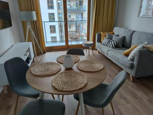 Posezení v ubytování Apartament Zajezdnia Wrzeszcz - blisko plaży