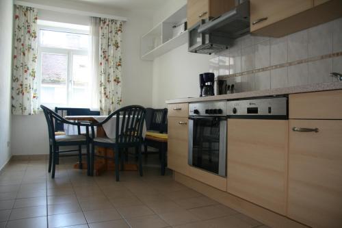 Küche/Küchenzeile in der Unterkunft Apartments Wirrer