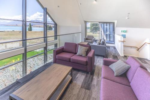 A seating area at YHA Lake Tekapo