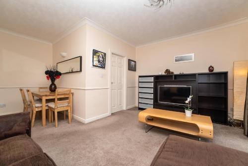 Sallyport 2 Bedroom Apartment City Centre 9