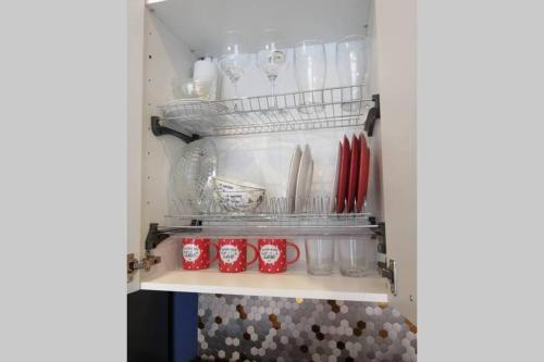 A kitchen or kitchenette at SummerHome