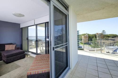 A balcony or terrace at Sevan Apartments Forster