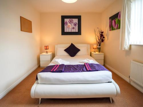 Trendy & Modern Cardiff Bay Townhouse - Sleeps 6