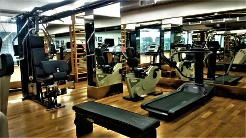 The fitness center and/or fitness facilities at Residence Hotel Torino Uno