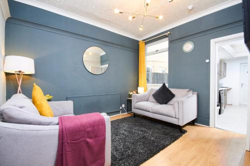 Ideal House in Doncaster -Sleeps 8 -free Parking