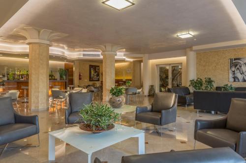 The lobby or reception area at Hotel Giulietta Romeo