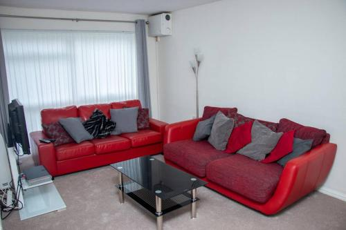 Comfy;PoundHill;Crawley Apartment near Gatwick and London