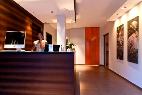 The lobby or reception area at Hotel St. Annen