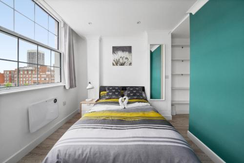 STUDIO IN THE HEART OF THE CITY - ALDGATE ZONE 1