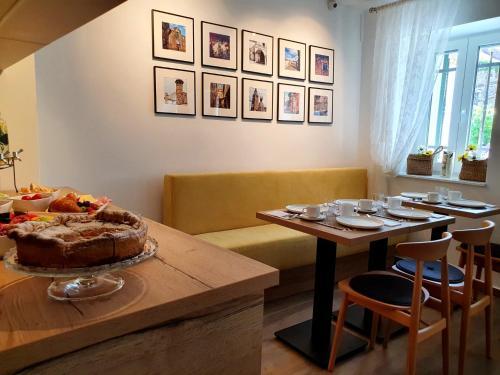 Restaurant ou autre lieu de restauration dans l'établissement Casa Isabella B&B