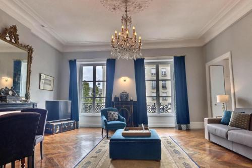 Een zitgedeelte bij Le Tardif, Noble Guesthouse