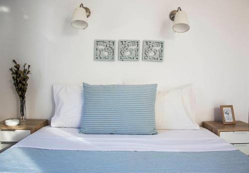 Ένα ή περισσότερα κρεβάτια σε δωμάτιο στο Drossinos Studios