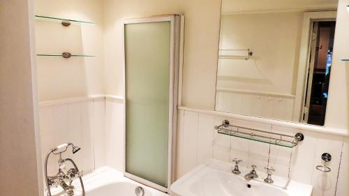 Salle de bains dans l'établissement vakantiewoning Charme Aan Zee