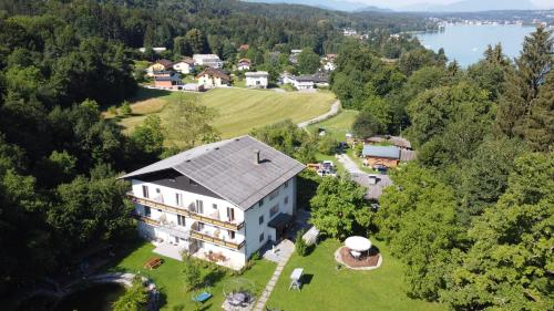 A bird's-eye view of Pension Waldesruh