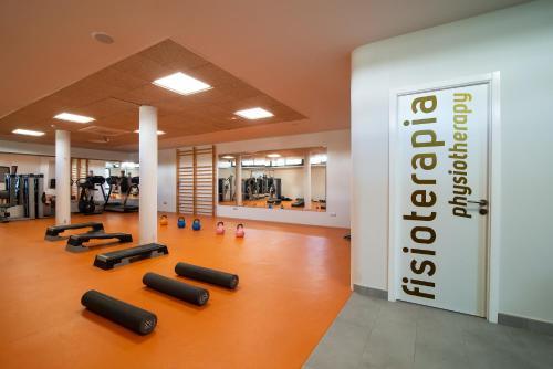 Het fitnesscentrum en/of fitnessfaciliteiten van Bungalows Cordial Biarritz