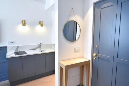 A kitchen or kitchenette at Hotel Rivalago