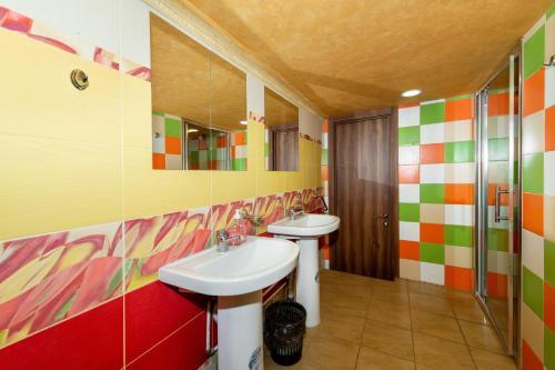 Ванная комната в LIBRARY hostel