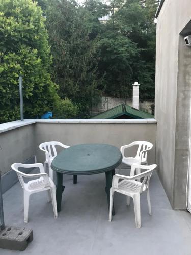 A balcony or terrace at Penzión Vilo