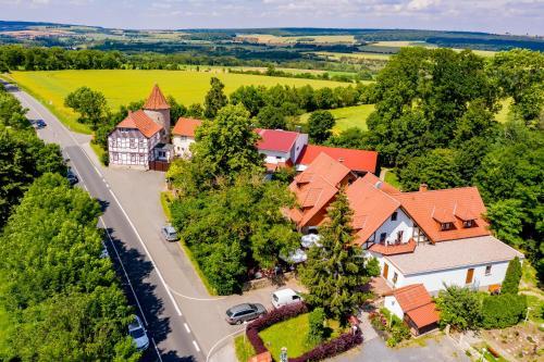 A bird's-eye view of Hotel & Restaurant Lengefelder Warte