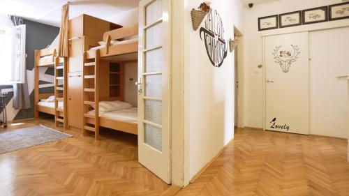A bunk bed or bunk beds in a room at Tchaikovsky Hostel Split (T-Hostel)