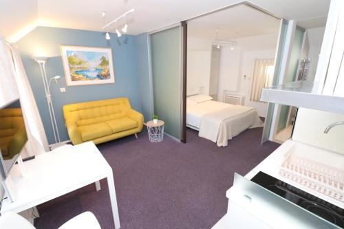 A seating area at Miró Studio Apartments Dubrovnik