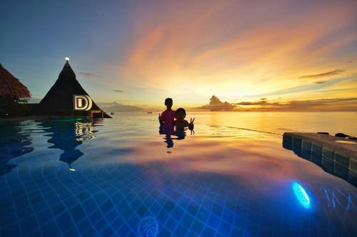 Der Swimmingpool an oder in der Nähe von DD Hut Koh Tao