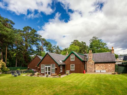 Coylumbridge Cottage