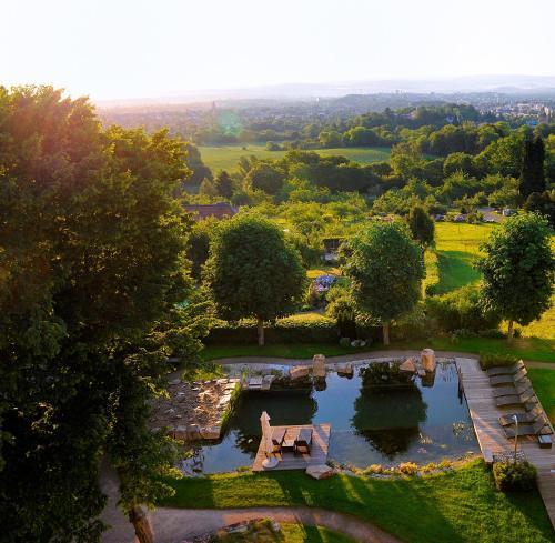 Blick auf Schlosshotel Kassel aus der Vogelperspektive