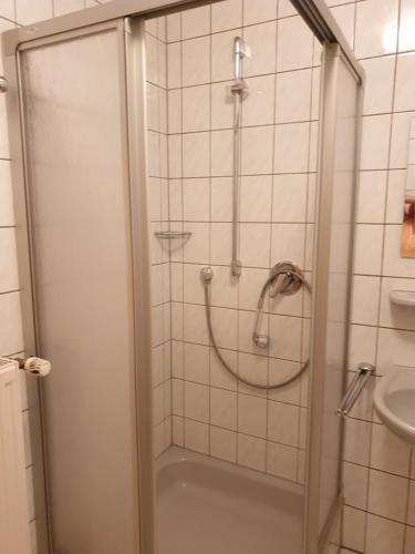Ein Badezimmer in der Unterkunft Saloon Halfenhof Ramersbach
