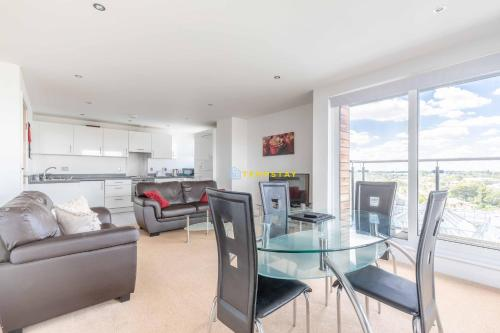 2 Bed Apartment - Close to tube station