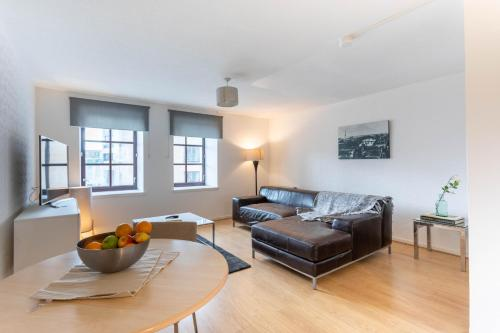 Glasgow Central Bell Apartment