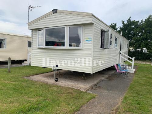8 berth Deluxe 2018 Caravan