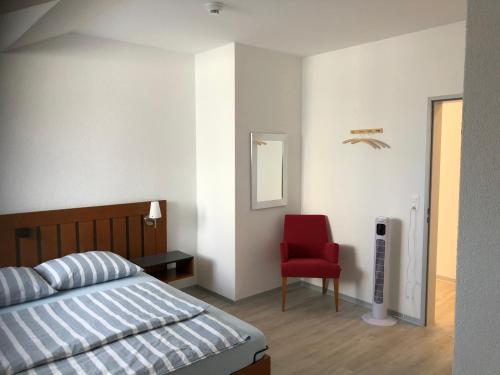 Ein Bett oder Betten in einem Zimmer der Unterkunft Hotel Restaurant Passage