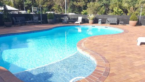 The swimming pool at or close to The Park Hotel Motel, Byron Bay